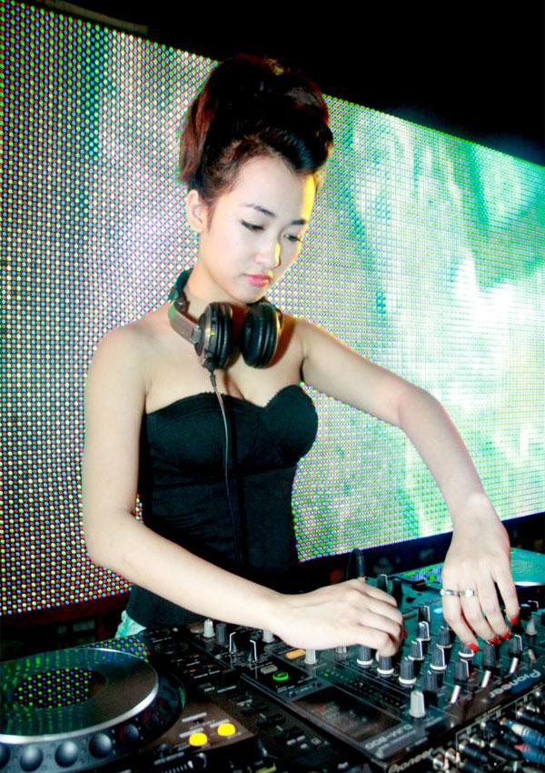 anh-dep-hot-girl-trang-moon-10