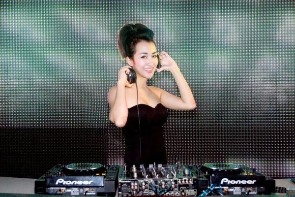 anh-dep-hot-girl-trang-moon-8-600x400